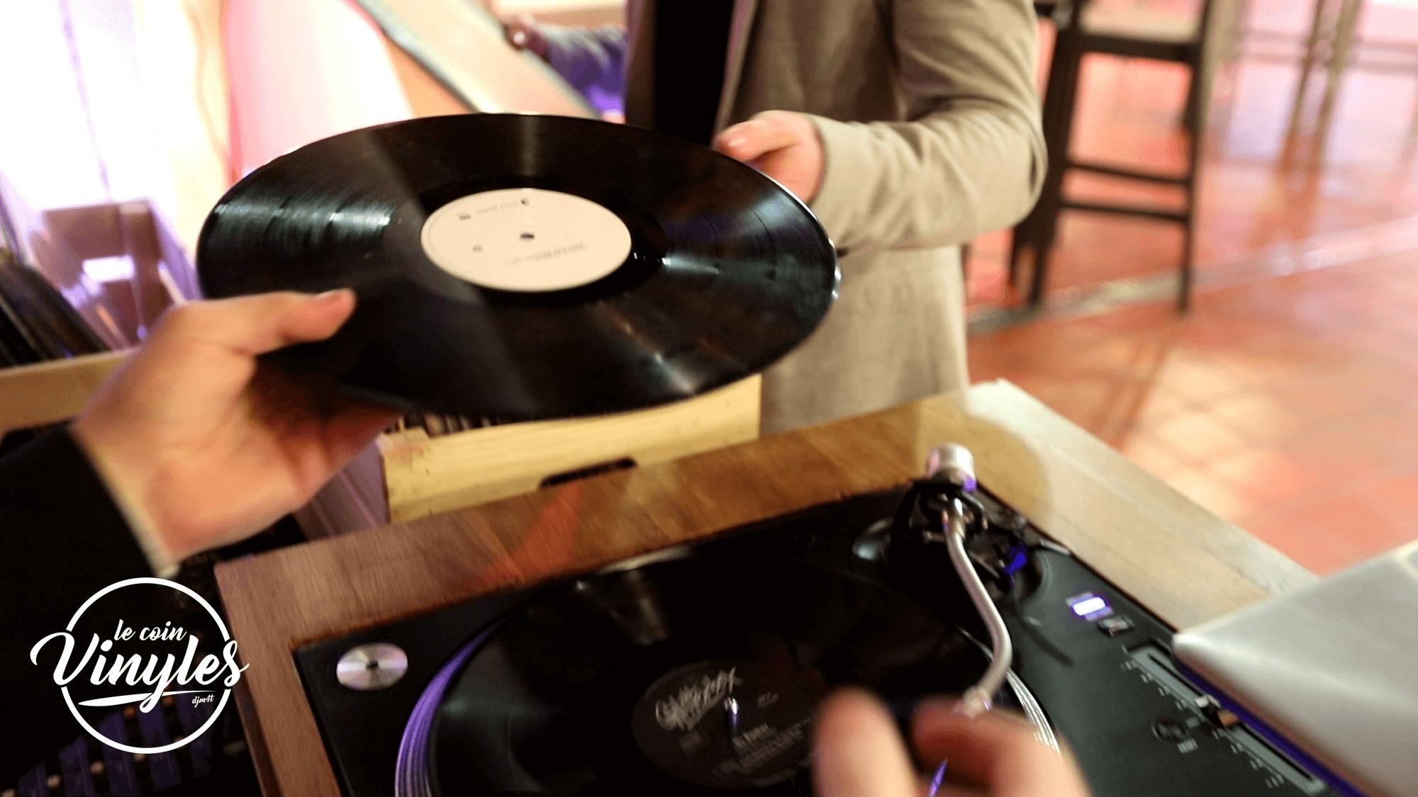 bar-a-vinyles-vinyl